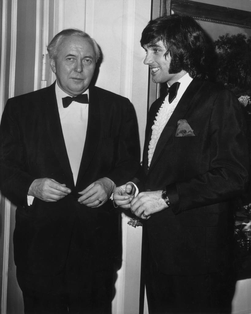 3rd March 1970:  Manchester United footballer George Best at Downing Street with Prime Minister Harold Wilson (1916 - 1995).  (Photo by Central Press/Getty Images)