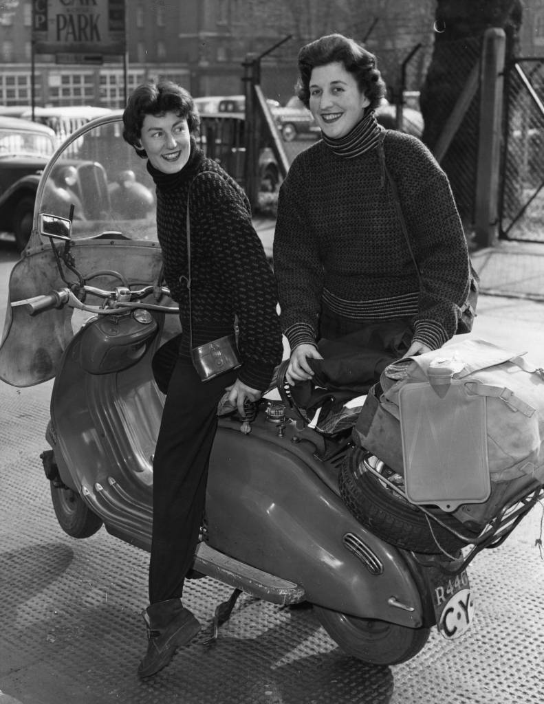 circa 1964:  Mimi Kenny and Vicki de Rin on their Lambretta scooter.  (Photo by Evening Standard/Getty Images)
