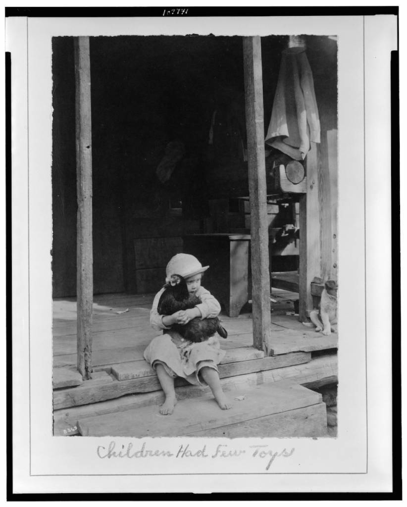 Title: Children had few toys / Photo by Wm. A. Barnhill, Gamaliel, Ark. Creator(s): Barnhill, Wm. A. , photographer Date Created/Published: [between 1914 and 1917]