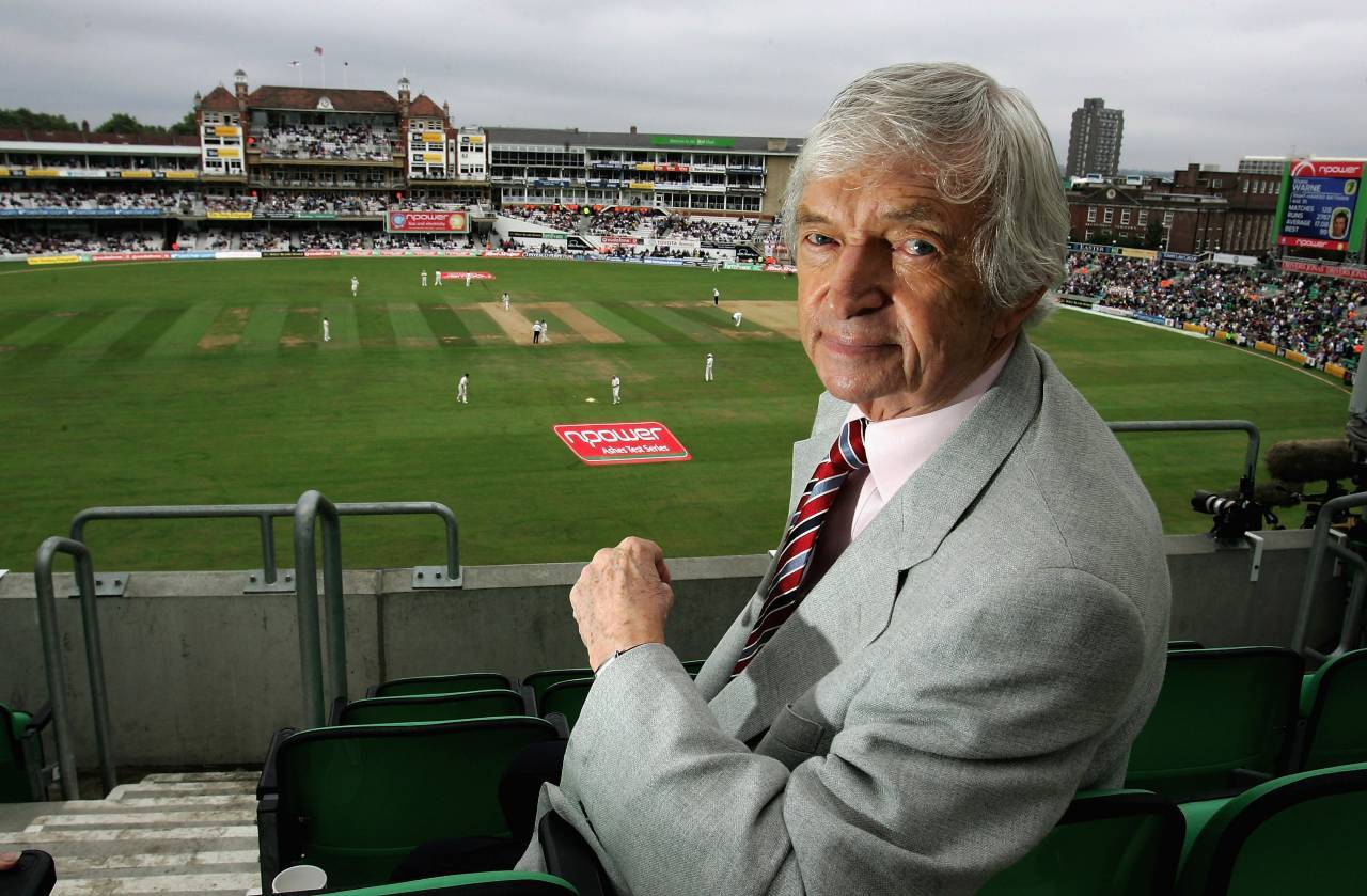 LONDON - SEPTEMBER 11: Channel 4 commentator Richie Benaud looks on during day four of the Fifth npower Ashes Test match between England and Australia at the Brit Oval on September 11, 2005 in London, England.  (Photo by Tom Shaw/Getty Images) *** Local Caption *** Richie Benaud