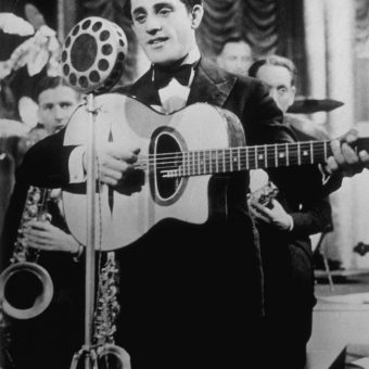 The Death of the Crooner Al Bowlly: 17 April 1941.