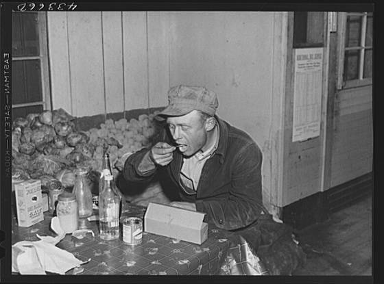 Title: Worker from Fort Bragg having his dinner at a crossroads store in Manchester, North Carolina Creator(s): Delano, Jack, photographer Date Created/Published: 1941 Mar.