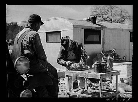 Title: Spraying novelties to be sold along the roadside near Fort Bragg, North Carolina Creator(s): Delano, Jack, photographer Date Created/Published: 1941 Mar.