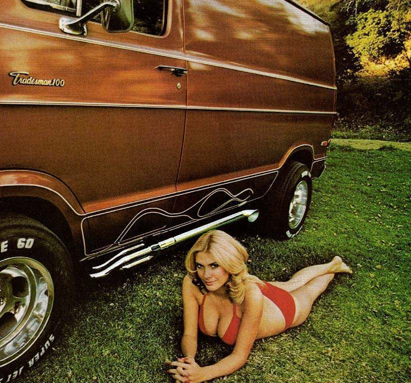 Days of the Shaggin' Wagon: A Look at 1970s Custom Vans - Flashbak