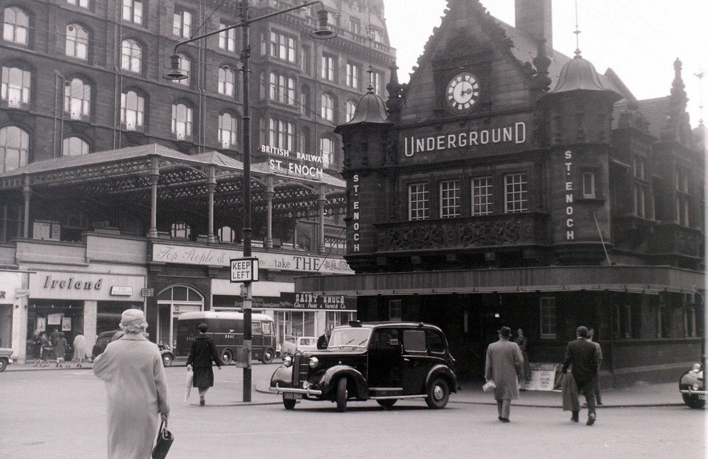 30 Photographs Of A Glasgow Day In 1960 Flashbak