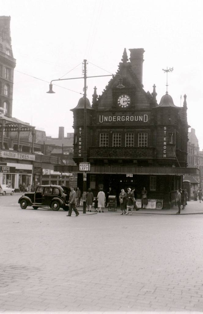 Glasgow, 19 April 1960  St. Enoch Underground station is now (2010) a Caffe Nero.