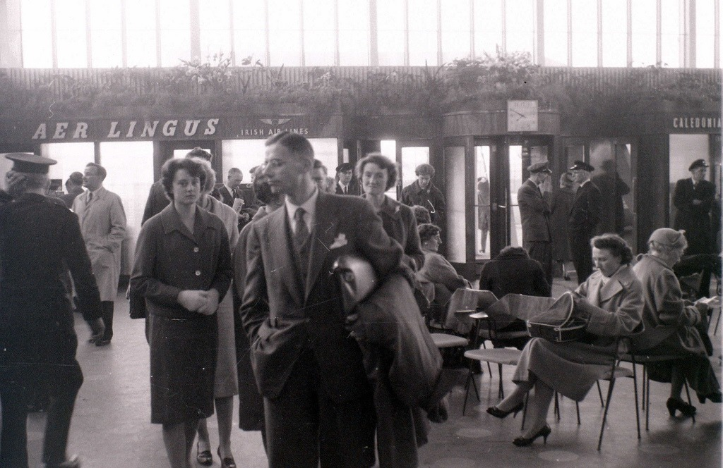 Renfrew Airport, Glasgow, 19 April 1960