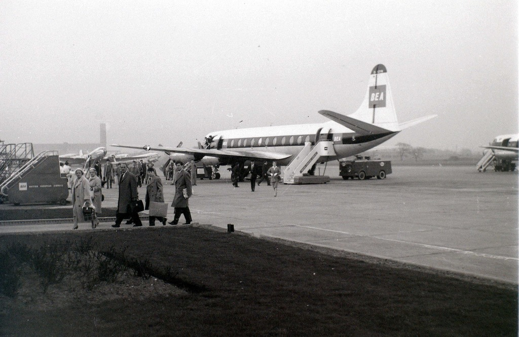 BEA Viscount at Renfrew Airport, Glasgow, 19 April 1960