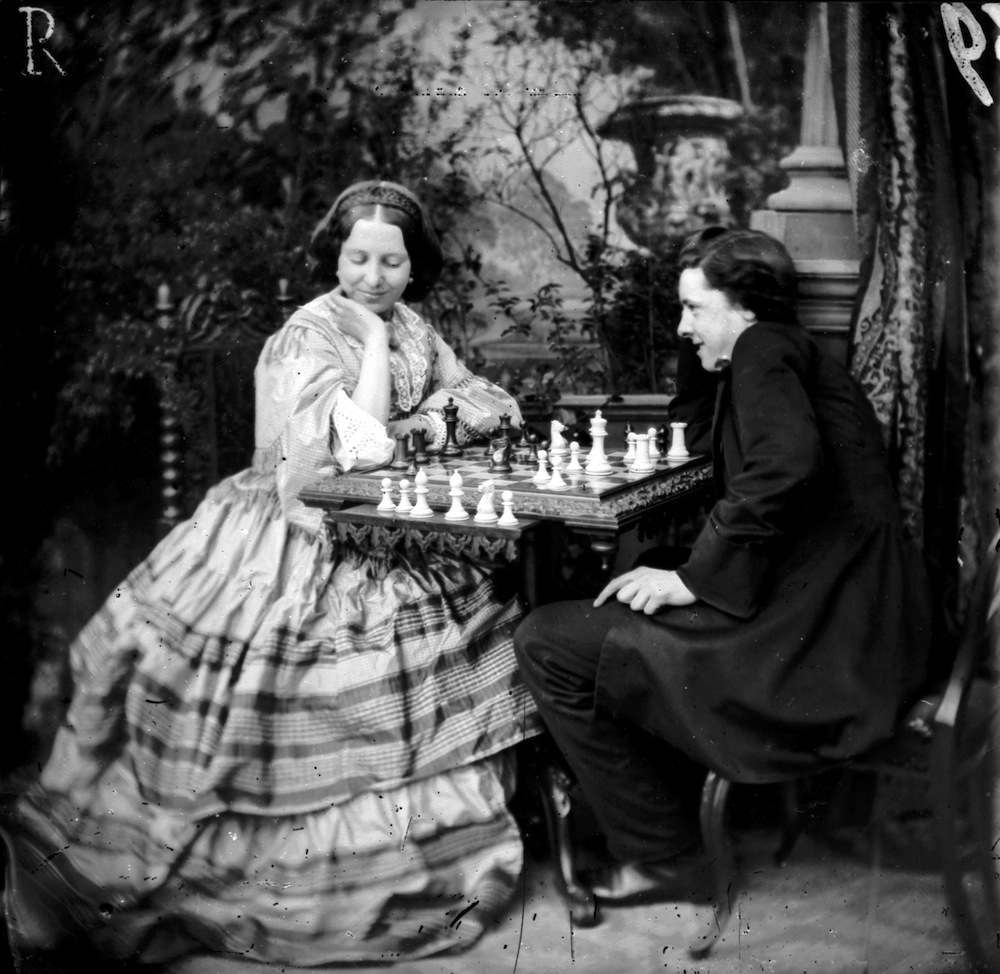 circa 1865:  A young couple playing a game of chess.  London Stereoscopic Company Comic Series - 336  (Photo by London Stereoscopic Company/Getty Images)