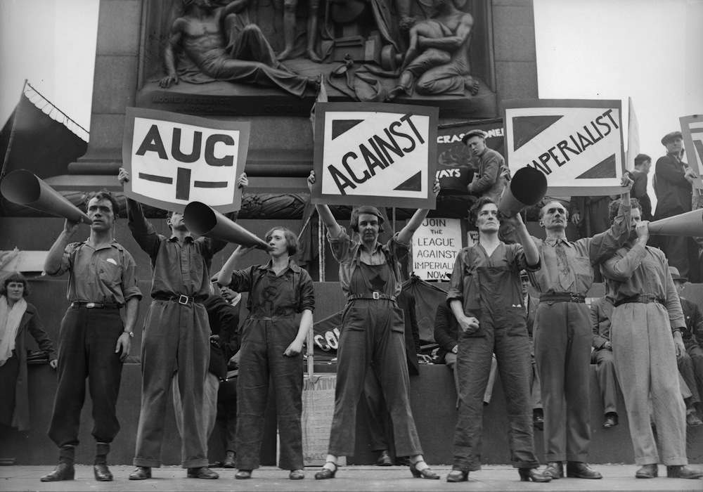 1st August 1931:  The League Against Imperialism canvass for support at Trafalgar Square in London.  (Photo by Fox Photos/Getty Images)
