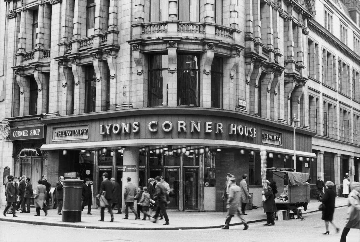 9th May 1968: The Lyons Corner House cafe (as a Wimpy franchise) on the corner of Rupert Street and Leicester Square, London. (Photo by Evening Standard/Getty Images)