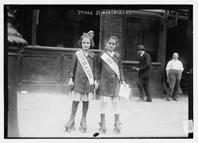 "1916, ""Don't Be A Scab"" [640x463] Two girls on rollerskates distribute leaflets in Union Square."