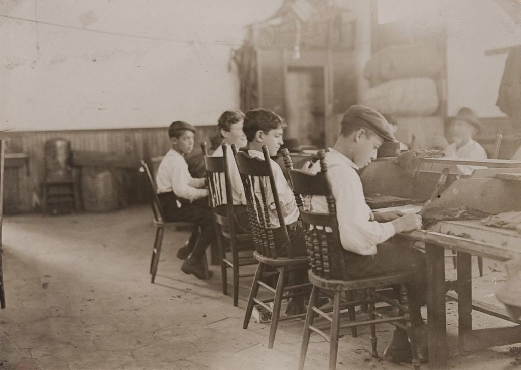 Cigar Factory Boys, Tampa, Florida - Jan. 1909