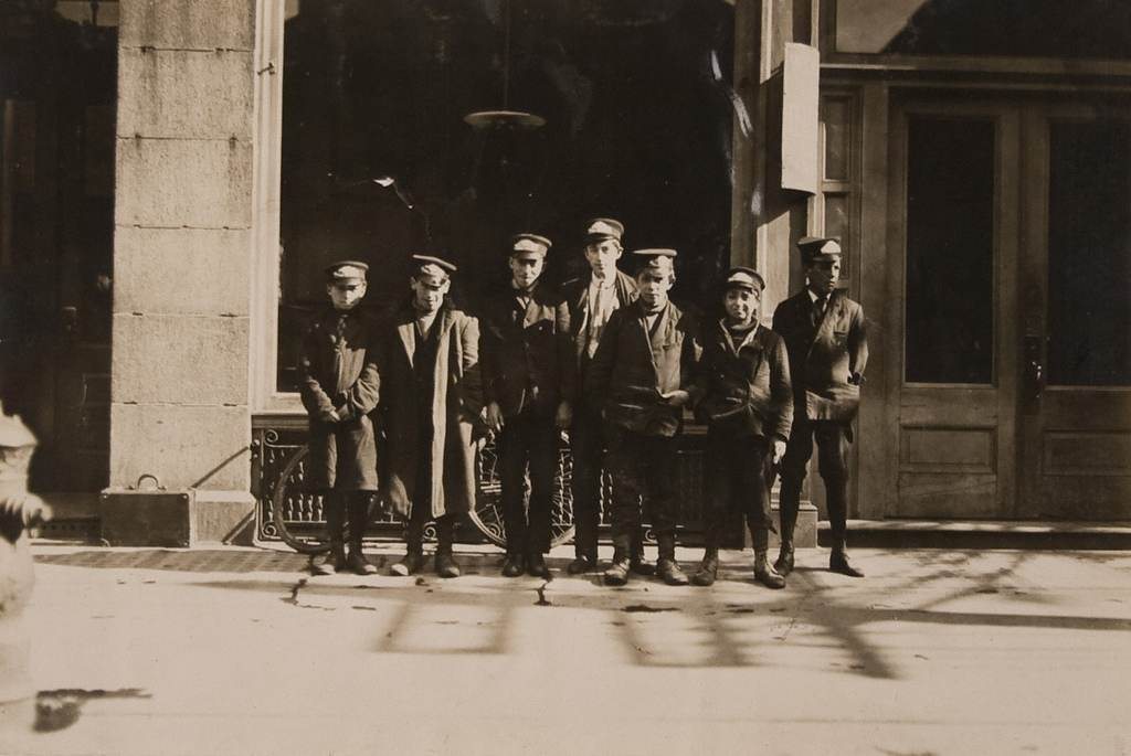 Messenger Boys, New Haven, Conn. - March 1909