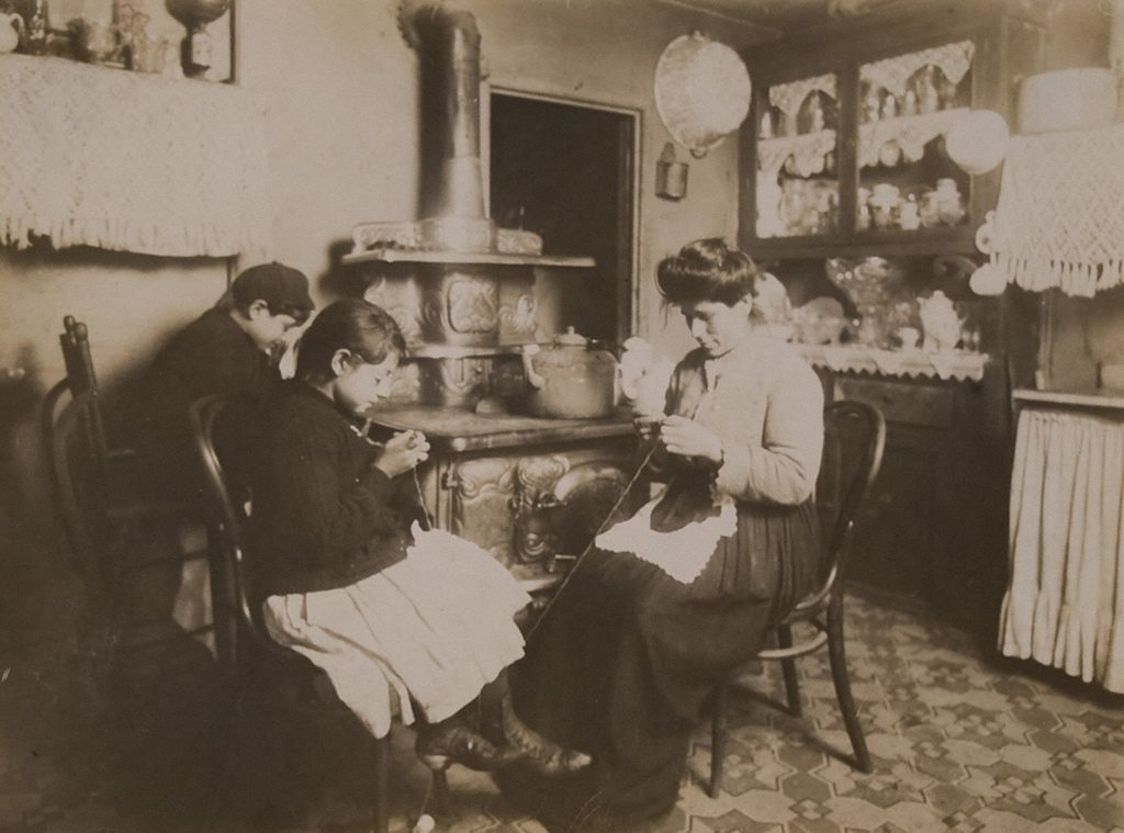 Lace makers, New York City - Jan 1912