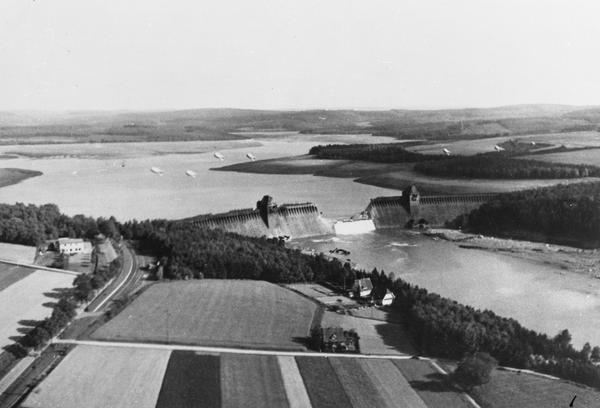 Moehne dam after attack Date: 1943