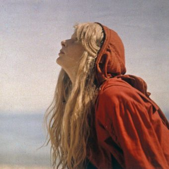 Christina In Red: Sensational Dream-Like Reality On Autochrome (1913)