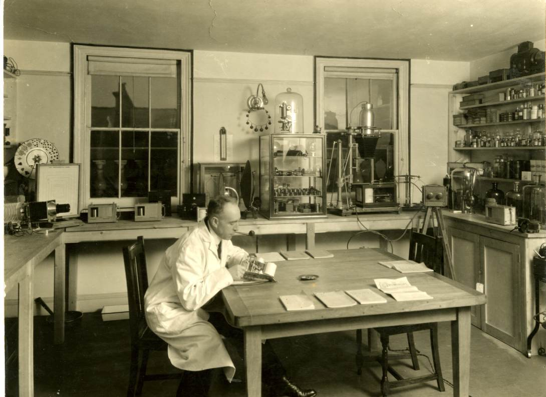 Harry Price in his laboratory