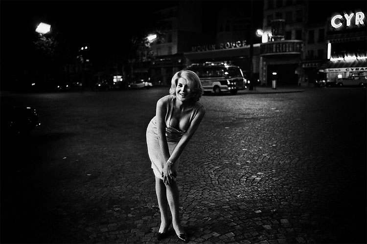 Gina, 1963 Place Blanche