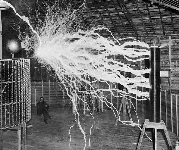 NIKOLA TESLA (1856-1943). American electrician, physicist and inventor. Tesla studying electricity in the laboratory, 1900. (Photo by ullstein bild/ullstein bild via Getty Images)