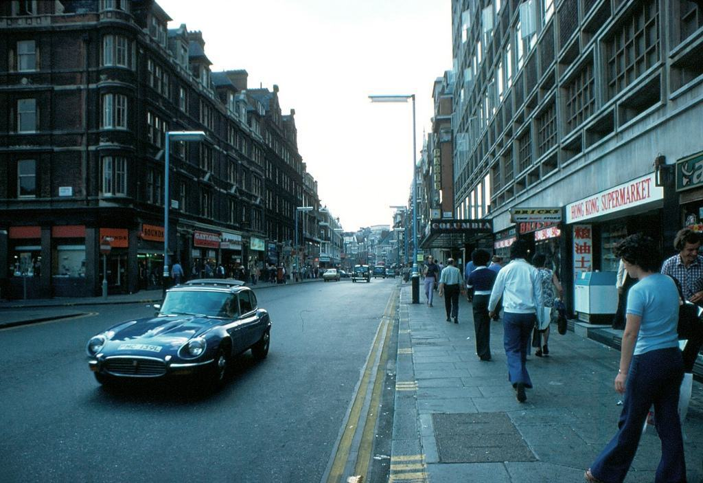 Shaftsbury Avenue 1976 KH