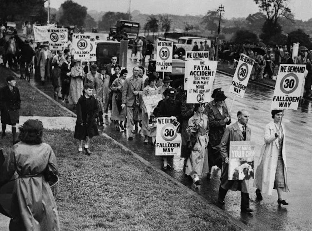 UNITED KINGDOM - AUGUST 01:  Hampstead Residents Demonstrating For A Speed Limit In Their Street In London On August 1937  (Photo by Keystone-France/Gamma-Keystone via Getty Images)