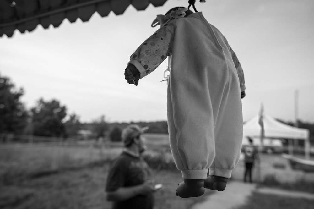"""A black """"Cabbage Patch"""" doll hangs by noose at the home of Mississippi Klansman."""