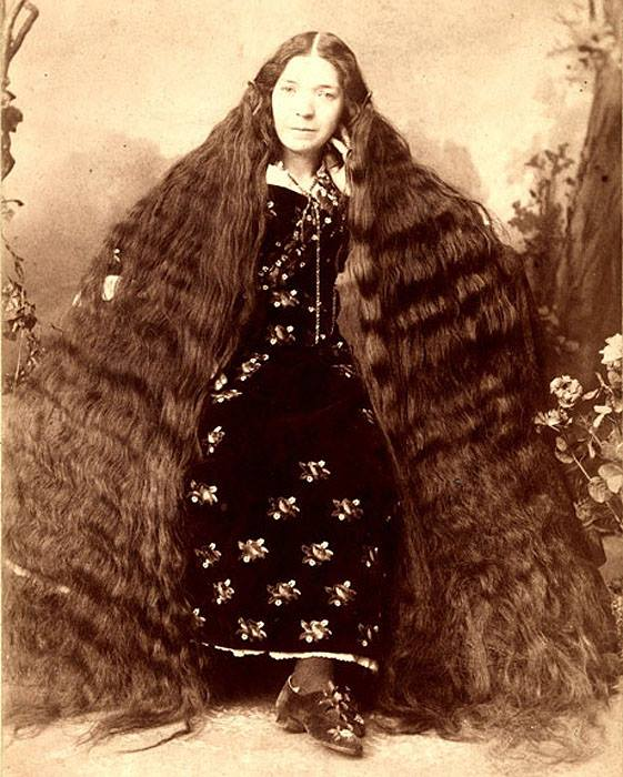 38 Photos That Prove Victorian Women Never Cut Their Hair -3451
