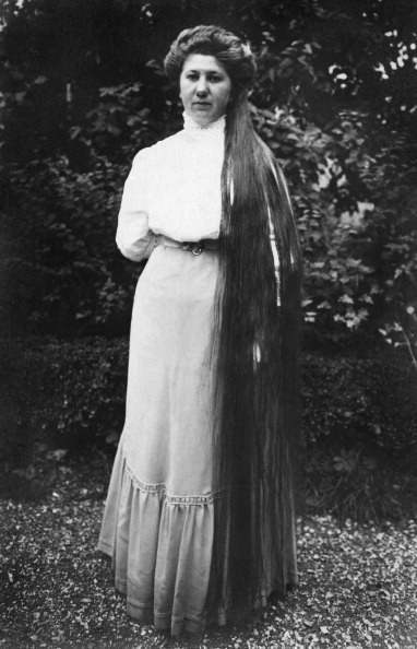 Austria-Hungary / Imperial and Royal Austrian Empire Moravia Margrave County : Moravsky Beroun (German: Baern): Portrait of a woman with very long hair - undated, probably around 1910 - Photographer: Franz-Otto-Koch (Photo by Haeckel collection/ullstein bild via Getty Images)