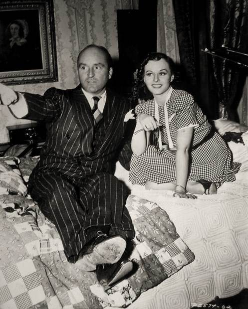 Arthur Hornblow, Jr. & Paulette Goddard on the set of The Cat and the Canary