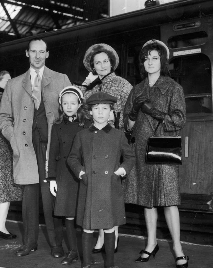 October 1961:  The newly-knighted Sir David Ormsby-Gore, British Ambassador to the US, leaves Victoria Station en route to the States. With him are his wife Sylvia and their children Jane (right), Alice and Francis.  (Photo by Edward Miller/Keystone/Getty Images)