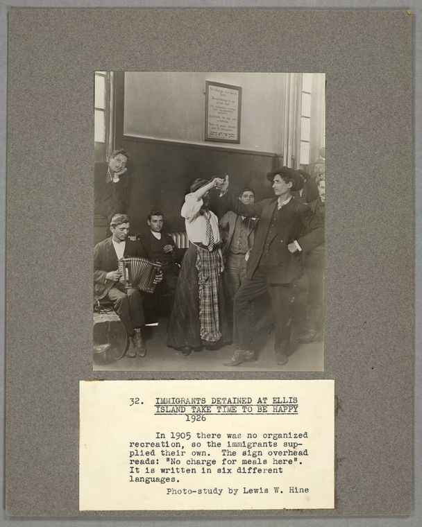 Immigrants detained at Ellis Island; take time to be happy, 1926.
