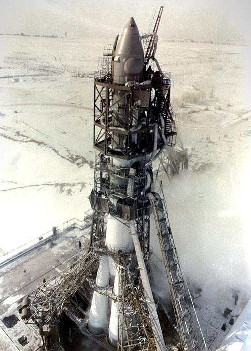 Rocket carrying Voskhod 2 before launch