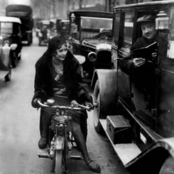 Cool Girls Riding Their Motorbikes: Vintage Pre-War Photos Of Women And Their Rides