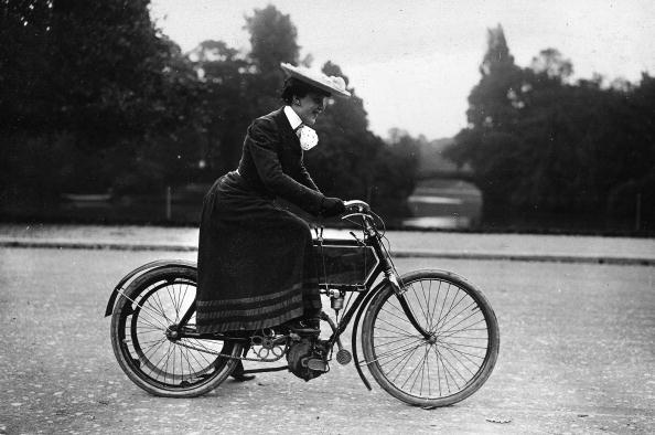 "UNSPECIFIED - CIRCA 1905:  Walk and accident in moped, about 1905. History without word. number 3 : ""...let's go !...."".  (Photo by Roger Viollet Collection/Getty Images)"