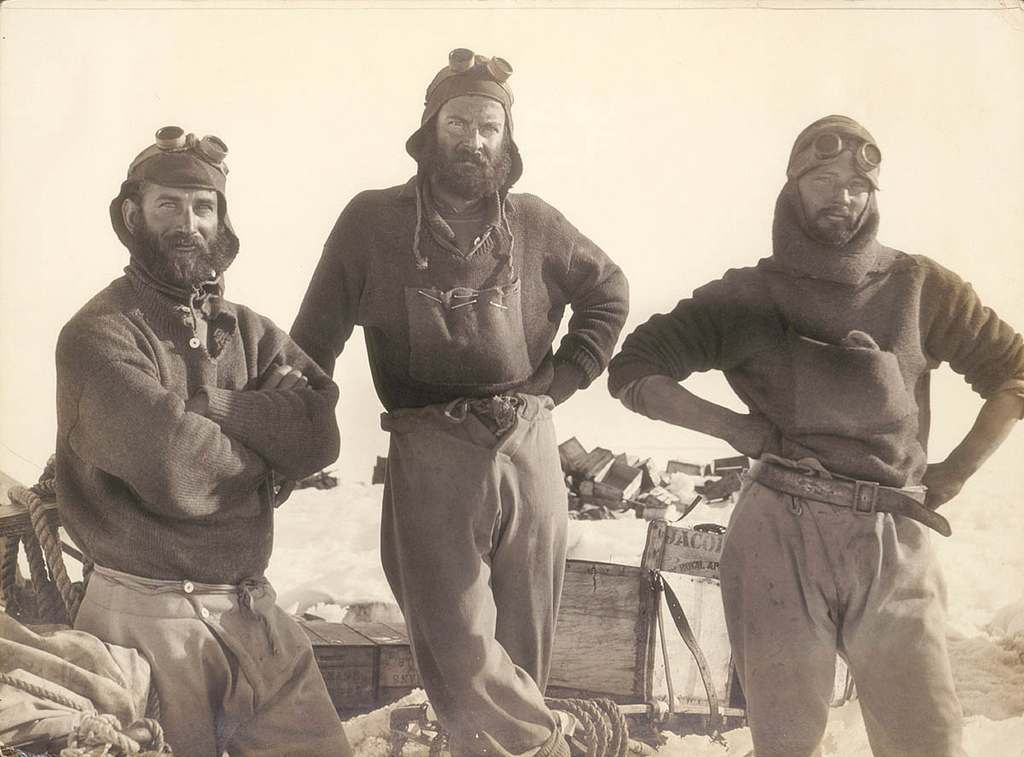 Photograph from the Expedition [group portrait], 1911-1914