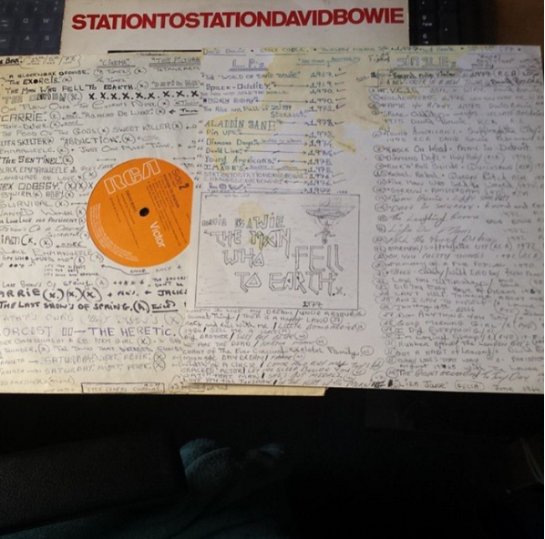 @phils_photoshop found a cheap copy of David Bowie's 'Station To Station' and the inner sleeve and insert were riddled with David Bowie fan notes. Lists of films starring Bowie complete with certificate ratings, and a comprehensive David Bowie album list of the records this person once had in his/her collection were also noted within.