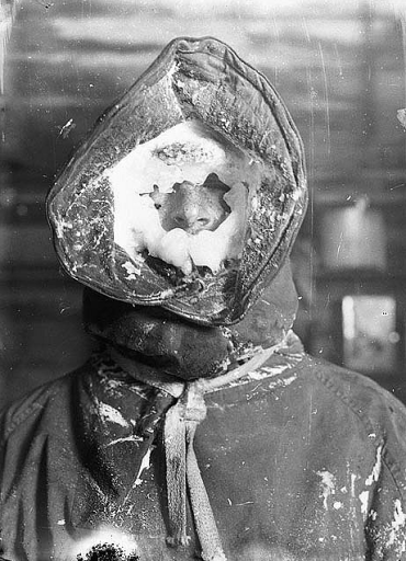 Ice mask, C.T. Madigan, between 1911-1914