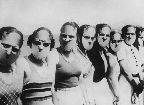 Contestants in the Miss Lovely Eyes beauty pageant in Florida wearing masks to obscure the rest of their faces, circa 1930. (Photo by FPG/Hulton Archive/Getty Images)
