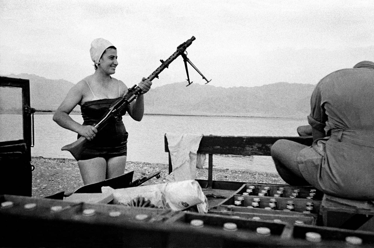 1954, Eilath, Israel, girl with machine-gun
