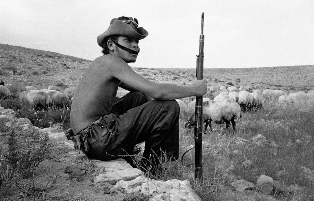 1954, Israel, soldier in Negev