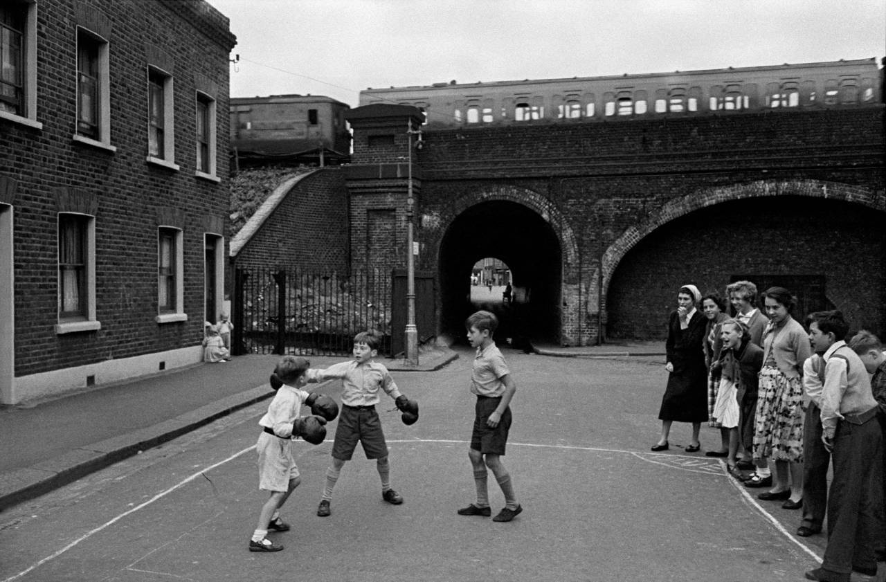 1955, London, Lambeth, boxing boys (d)
