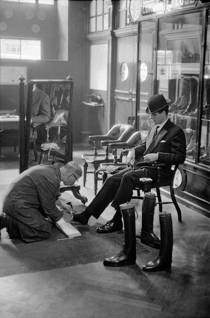 1959, London, customer at Lobb's shoe shop