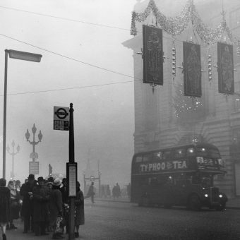 The Great London 'Pea-Souper' Fog of 1952