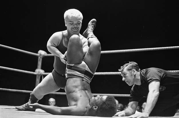 Little Bruiser in action against Bobo Johnson in Chicago, September 1972.