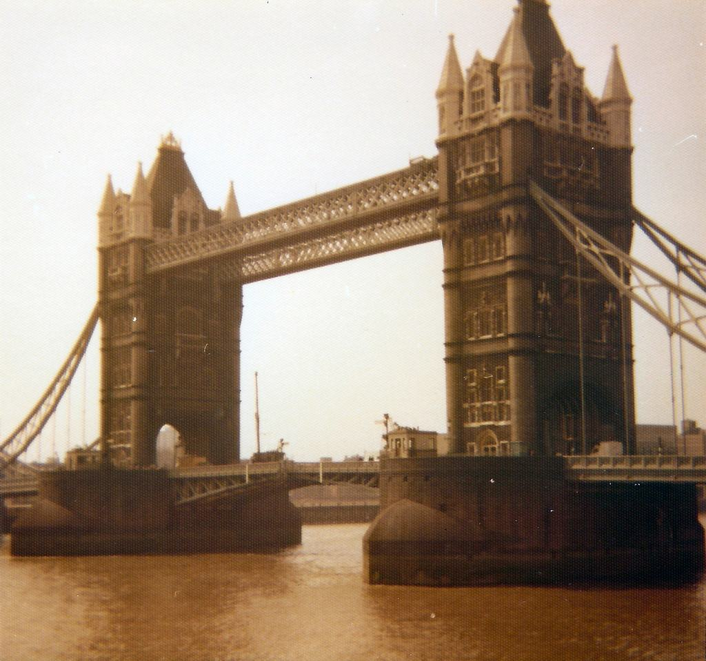 Tower Bridge 1974 by Karl-Heinz Lilienthal