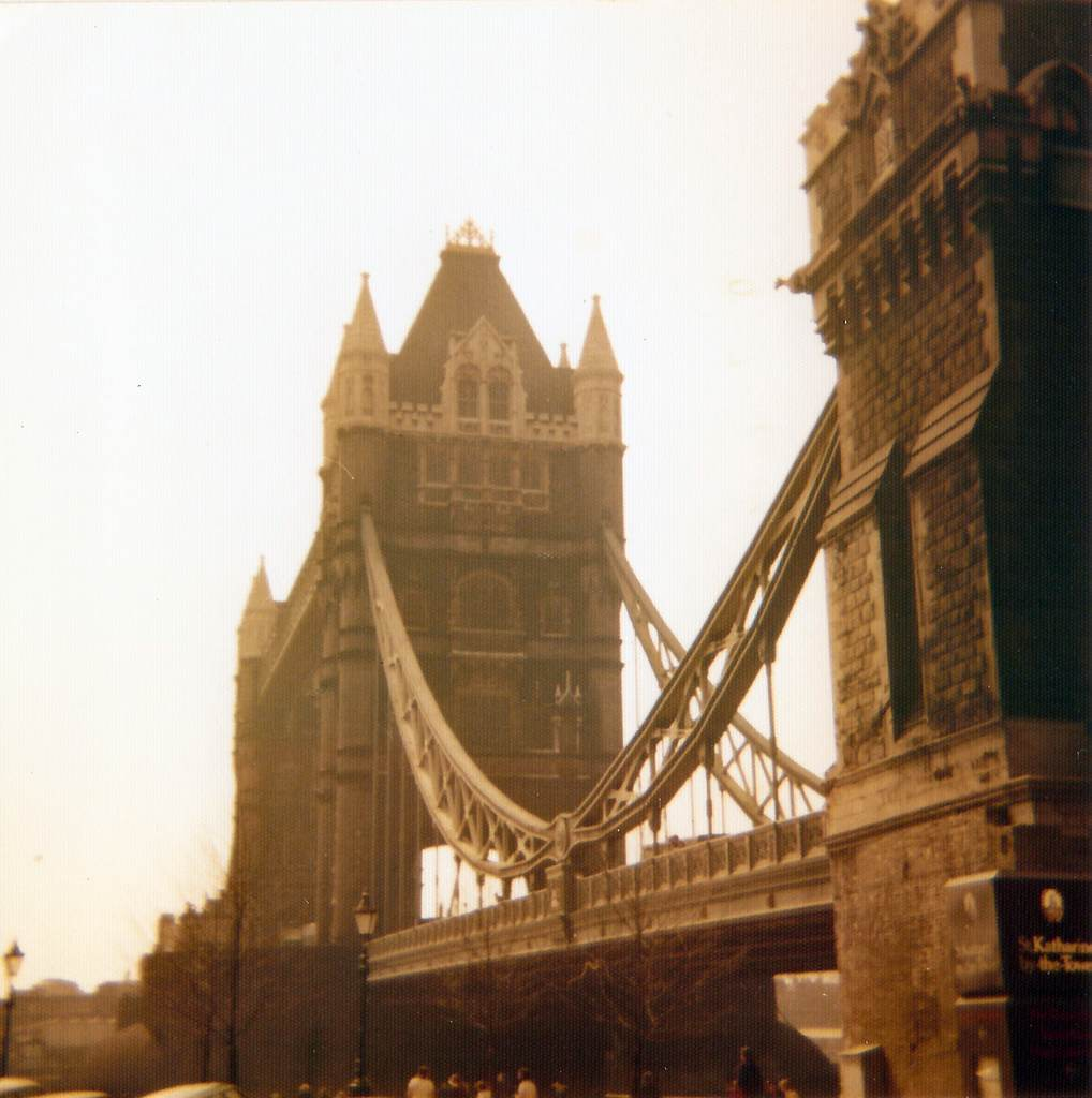 Tower Bridge 1974 c:u Karl-Heinz Lilienthal