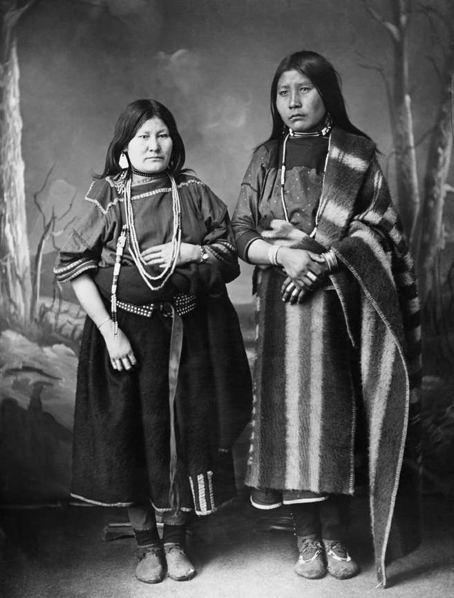 Blackfoot women. Date: [ca. late 1880s]
