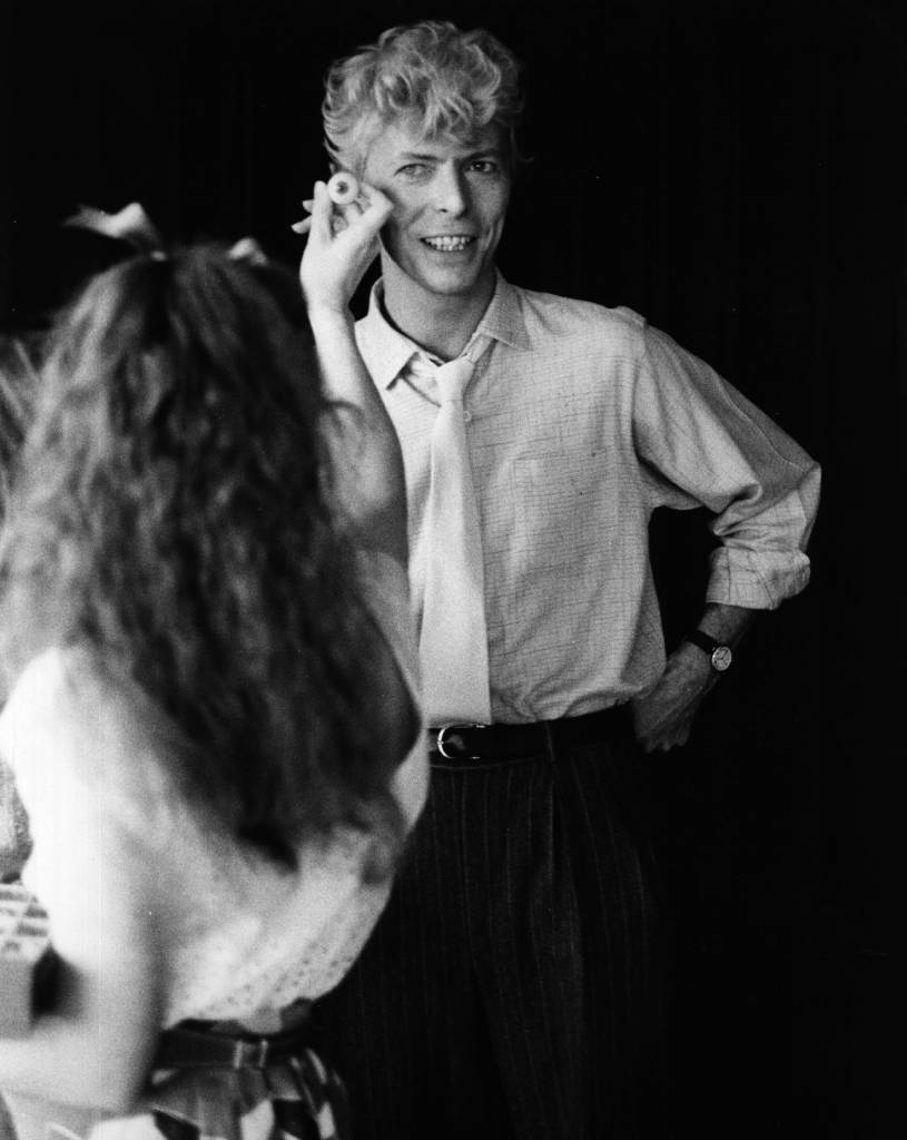 13th September 1983: British pop singer and songwriter David Bowie has his eyes matched for colour in the private studio at Madame Tussaud's in London. His wax likeness will join the wax museum before the end of the year. (Photo by Keystone/Getty Images)