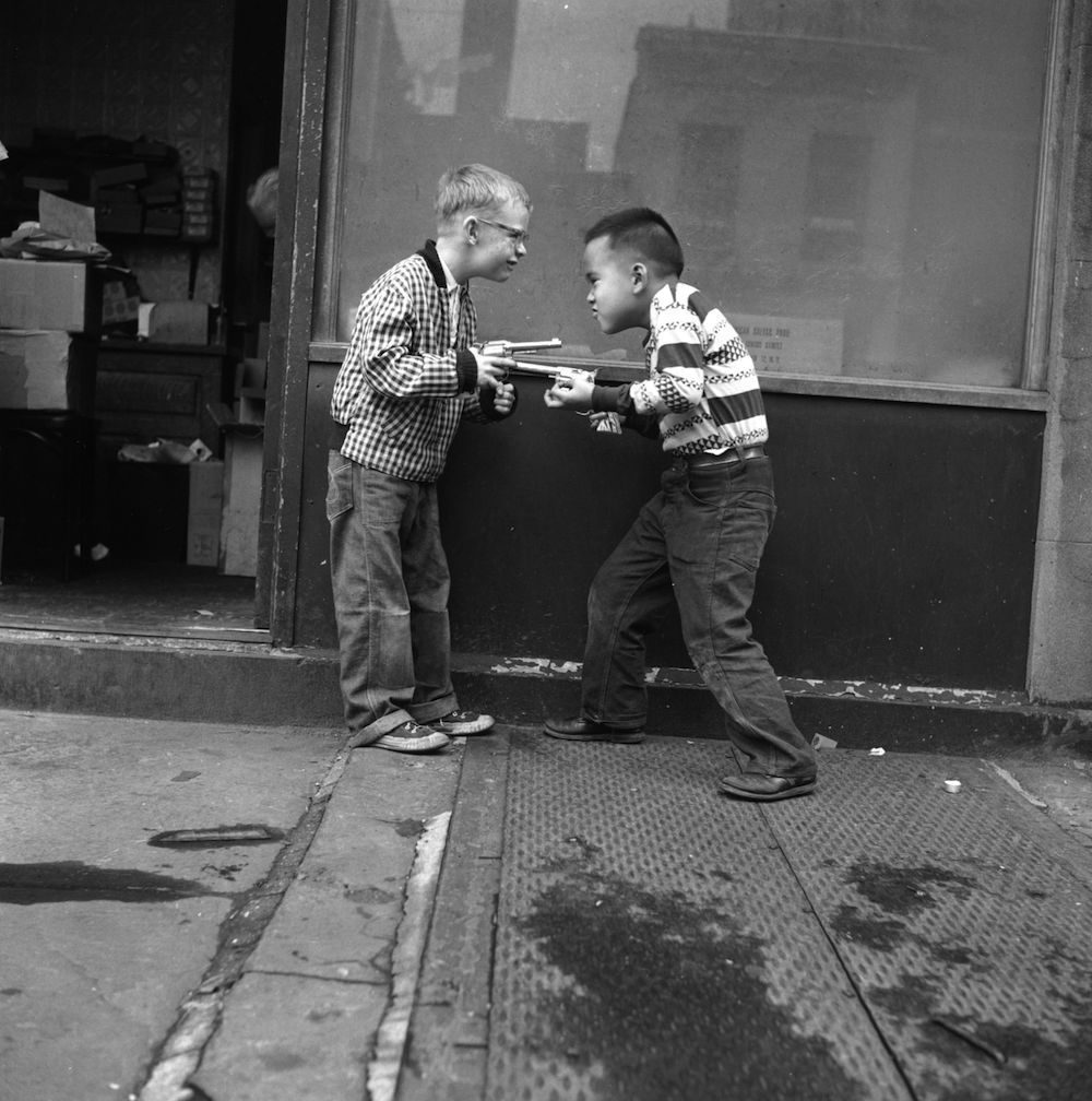 circa 1955: A couple of boys playing with toy guns. (Photo by Three Lions/Getty Images)